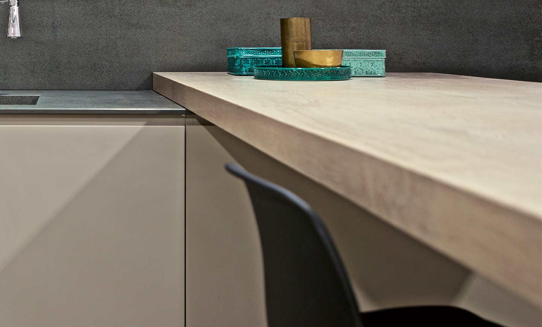 k chenarbeitsplatte aus feinsteinzeug florim stone. Black Bedroom Furniture Sets. Home Design Ideas