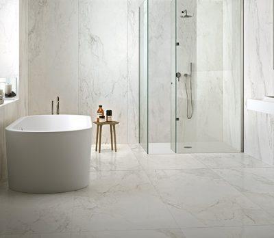 piastrelle bagno effetto marmo Stones&more