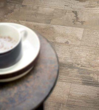 pavimento cucina effetto legno Wooden tile of Cdc