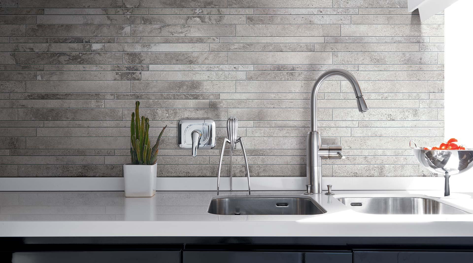 Piastrelle cucina per pavimenti e rivestimenti florim for Mattonelle mosaico cucina